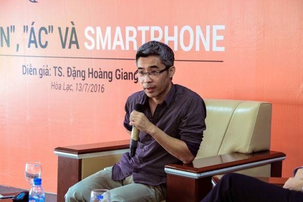 Tác giả Đặng Hoàng Giang - Thiện, Ác và Smartphone