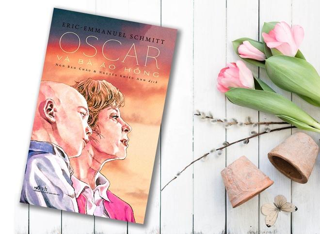 Tóm tắt sách Oscar và bà áo hồng